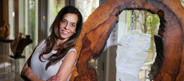 Dorit Schwartz with sculpture the Goddess