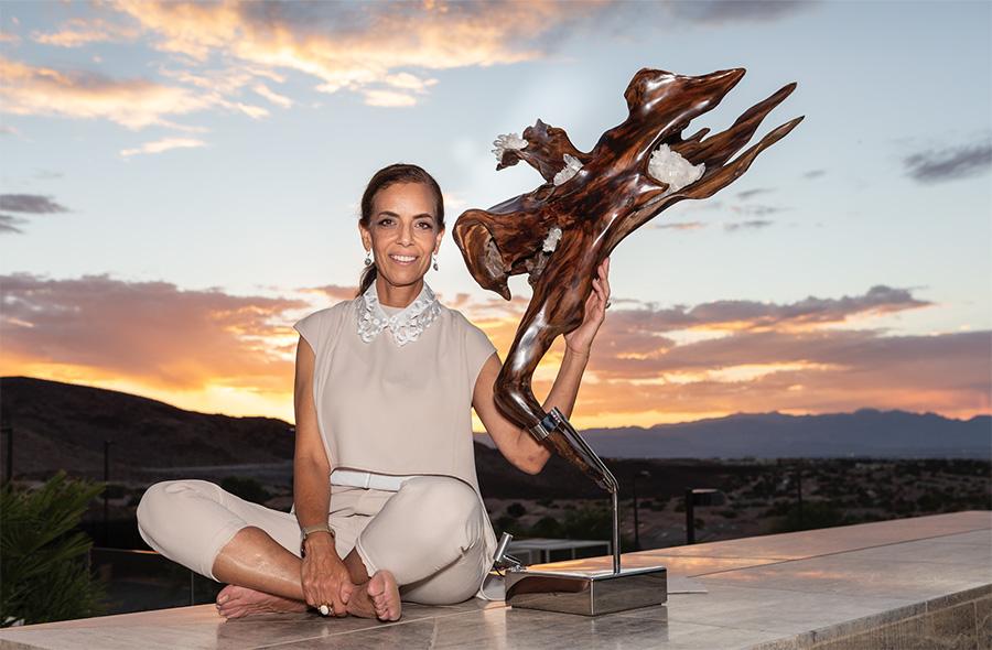 Sculptor Dorit Schwartz in Ascaya show