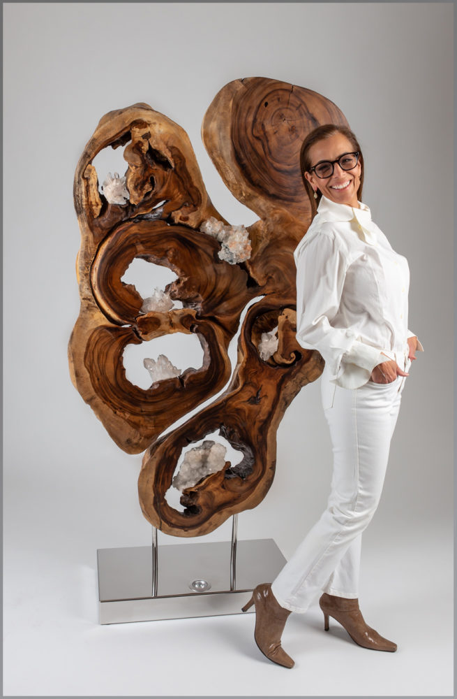 Wooden sculpture by Dorit Schwartz