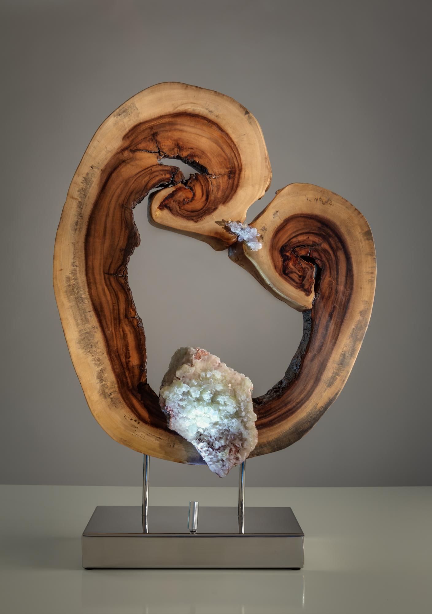 A Moment of Love by sculptor Dorit Schwartz