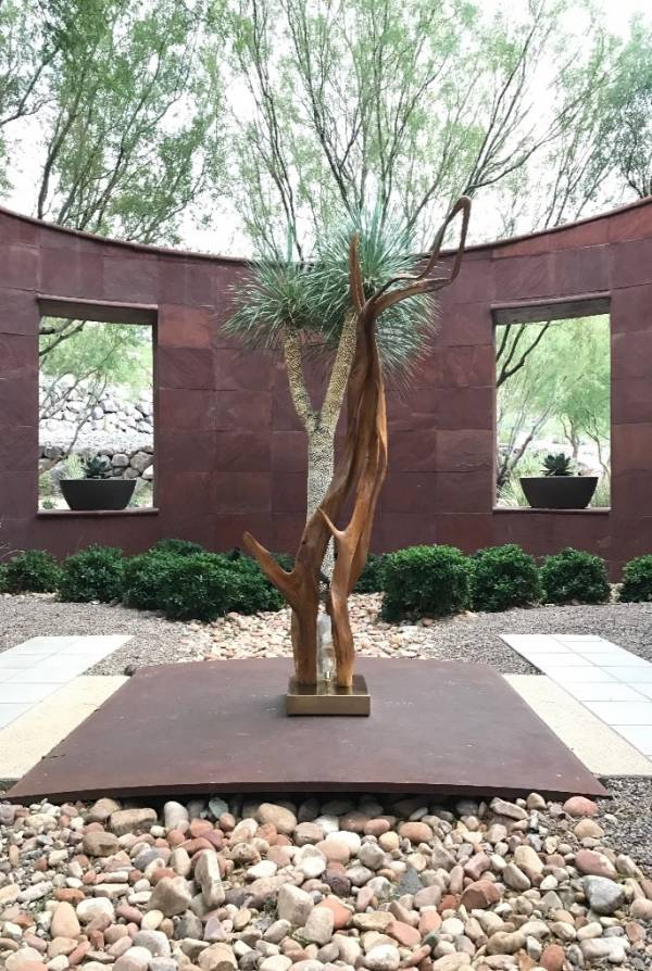 Dorit Schwartz Sculptor at the Ascaya