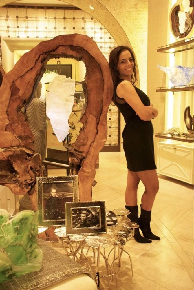 Dorit Schwartz Sculptor at the Wynn Home Store at the Encore Esplanade - November 2014