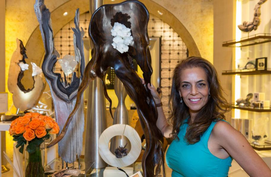 Dorit Schwartz Sculptor at the Wynn Home Store at the Encore Esplanade - June 2016